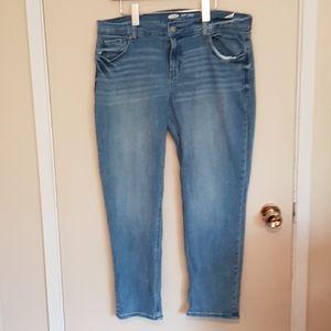 Old Navy boyfriend mid rise light wash jeans